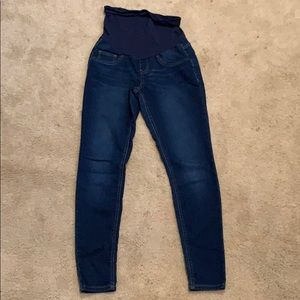 Maternity jeans, dark wash, skinny/jegging fit